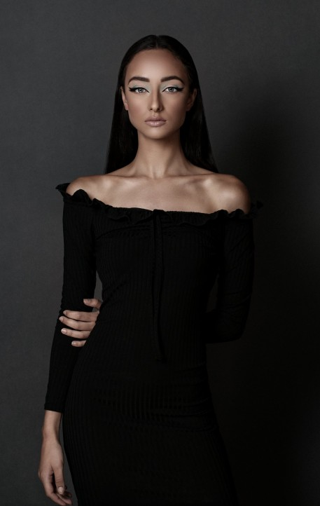 Julia V